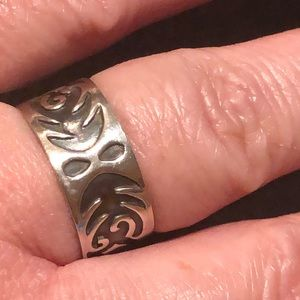 Jewelry - .925 Sterling silver tribal thick band